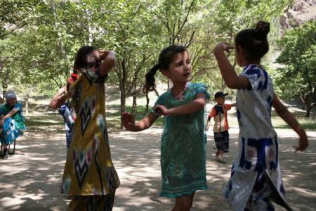 Tajik girls dancing. Photo courtesy of Jamila Haider.